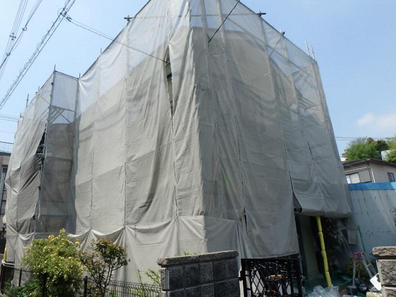 屋根リフォームに必須な足場仮設