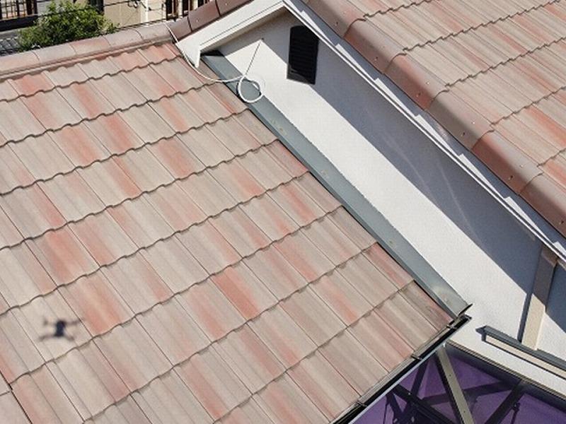 屋根リフォーム前のドローン点検