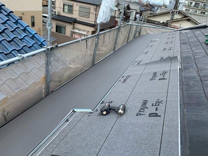 雨漏り修理・カバー工法