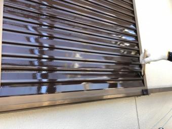 雨戸の付帯塗装