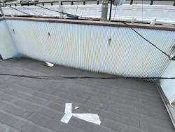 軒先から屋根下に雨水侵入