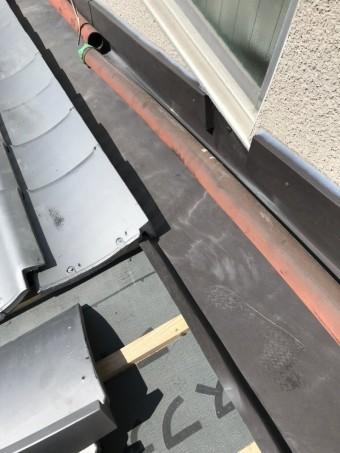 壁際水切り板金