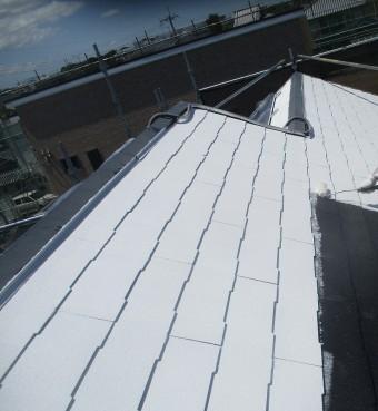 屋根塗装・中塗り