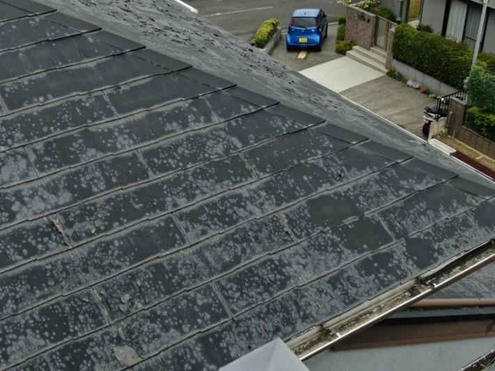 スレート屋根の塗装めくれ