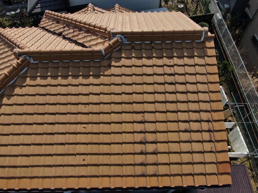 葺き替え前瓦屋根