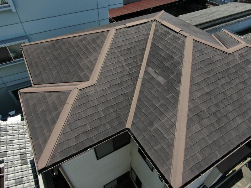 ドローンで撮影したスレート屋根の劣化