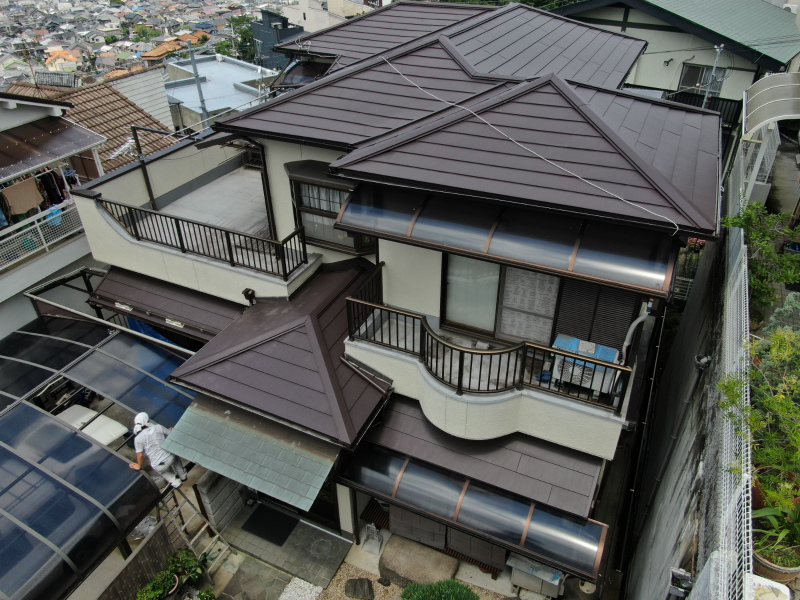 軽量の金属屋根