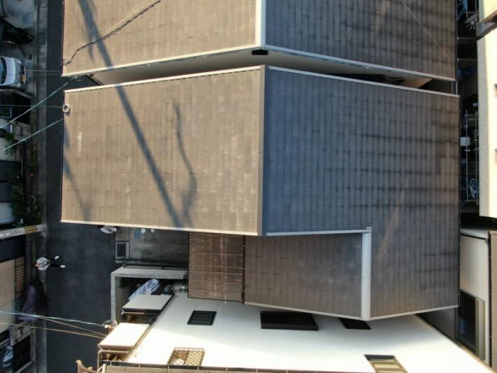 ドローンで撮影したスレート屋根
