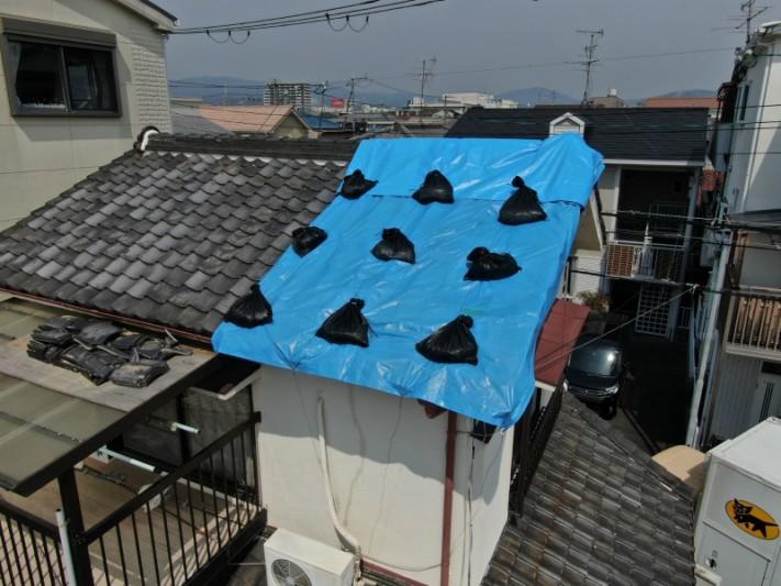 屋根のブルーシート養生