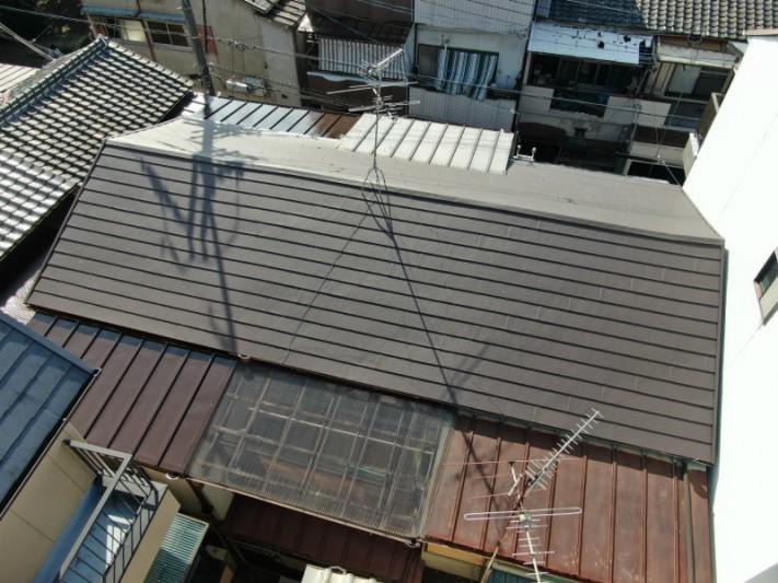 大阪のガルバリウム鋼板の工事