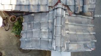 劣化が激しい瓦屋根