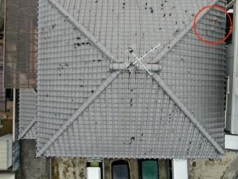 ドローンにて上空から撮影した屋根の全景