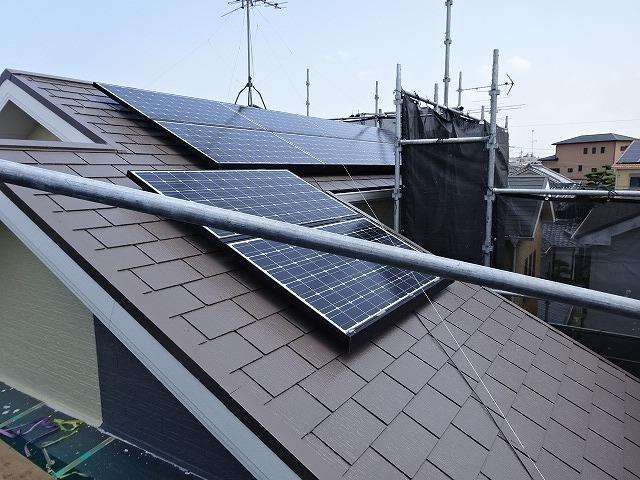 明るい色の屋根塗装例別角度 アンバーブラウン