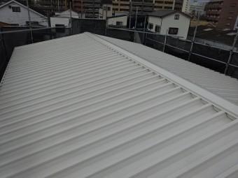 明るい色の屋根塗装例 ホワイトアッシュ