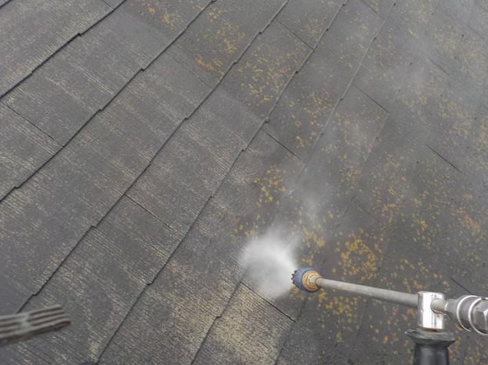 スレート屋根の高圧洗浄