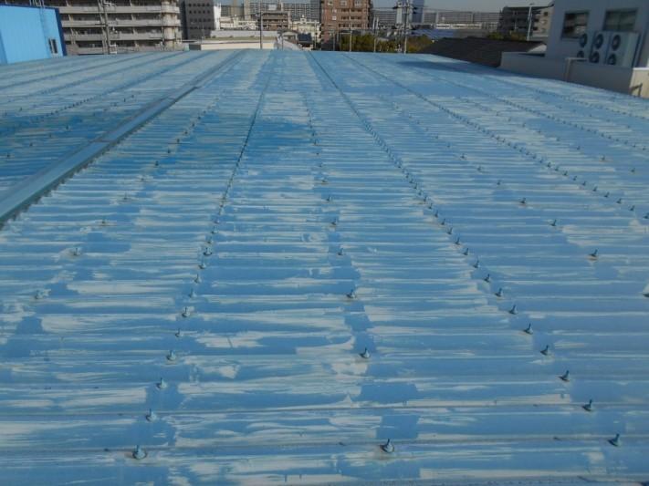 屋根塗装前の折板