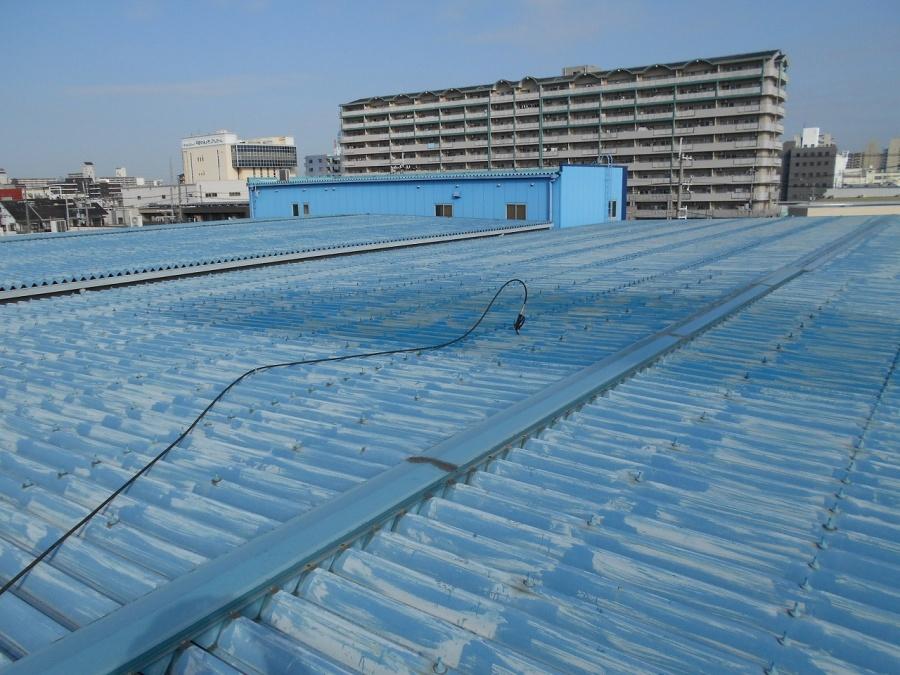 塗装前の折板屋根