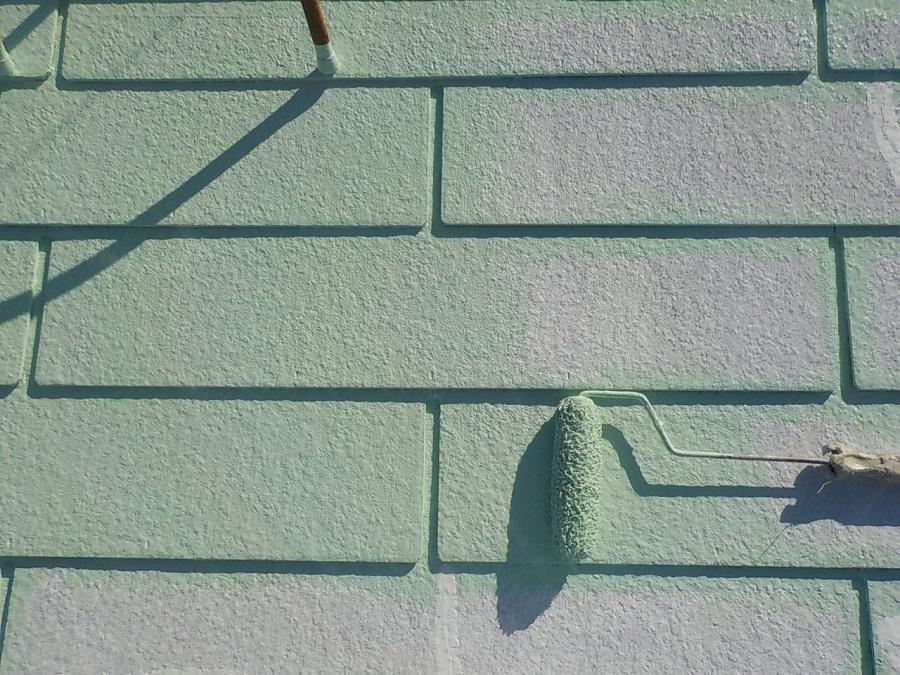 スレート屋根塗装中塗り