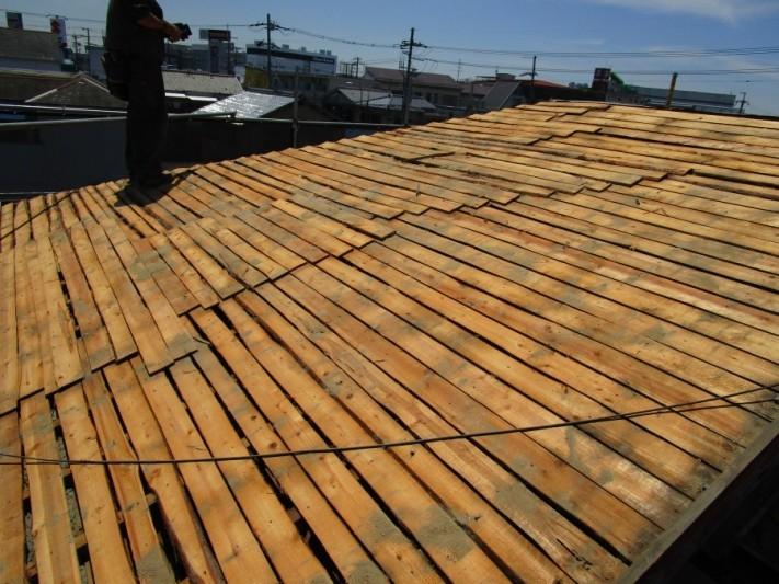 屋根の瓦捲り後2