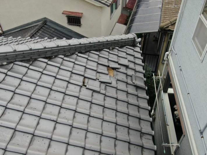 台風で瓦ずれの被害