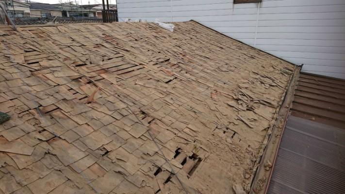 屋根下地バラ板