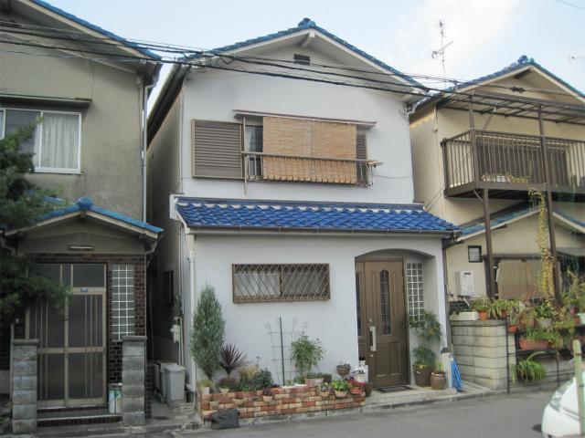 屋根補修完了の家