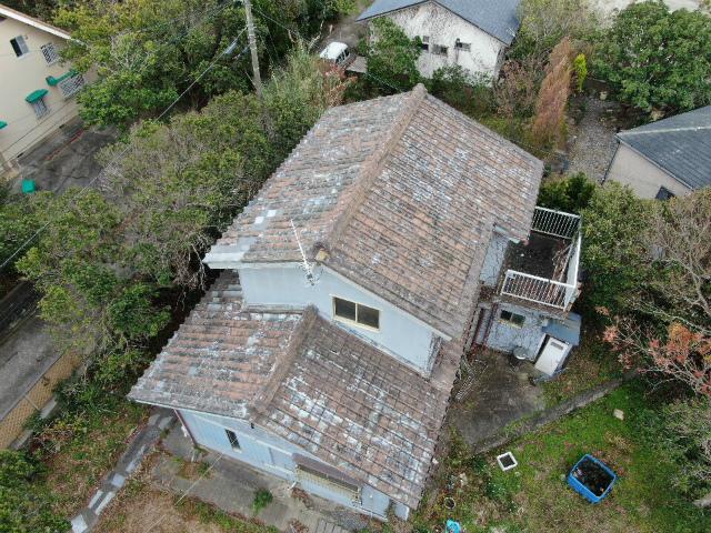 屋根全体のドローン写真