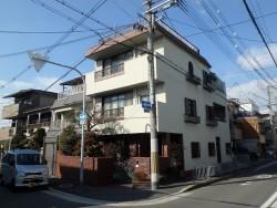 東大阪にて雨漏りしているお家