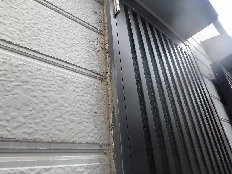 窓枠のコーキングの劣化状況