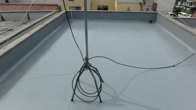 屋上の塩ビシート防水の塗装