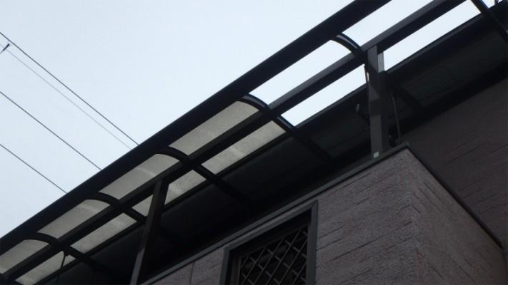 2階のベランダのポリカパネル