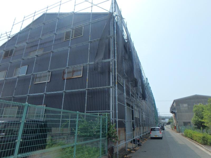 工場の屋根葺き替え