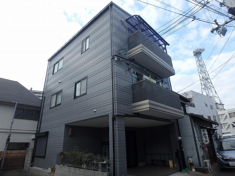 明るい色の屋根塗装例下から ホワイトアッシュ