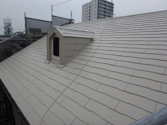 明るい色の屋根塗装例別角度 サンドベージュ