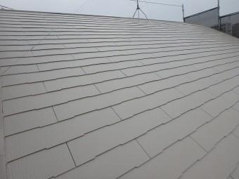 明るい色の屋根塗装例 サンドベージュ
