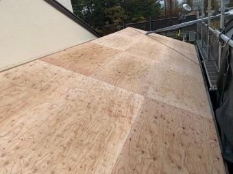 葺き替え野地板設置