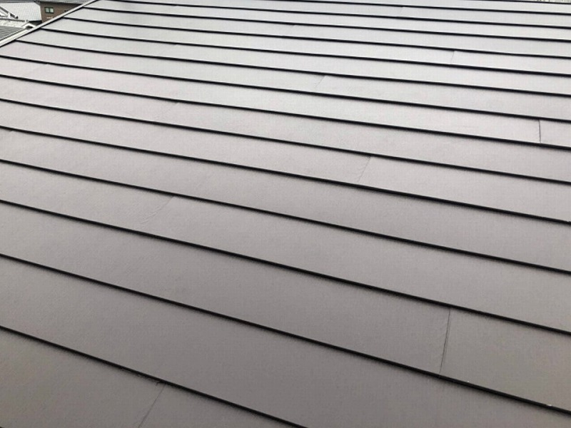 カバー工法施工後の屋根