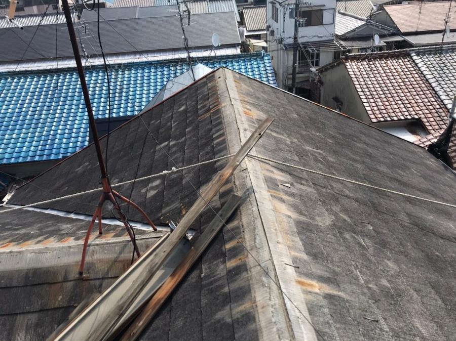既存屋根棟板金撤去